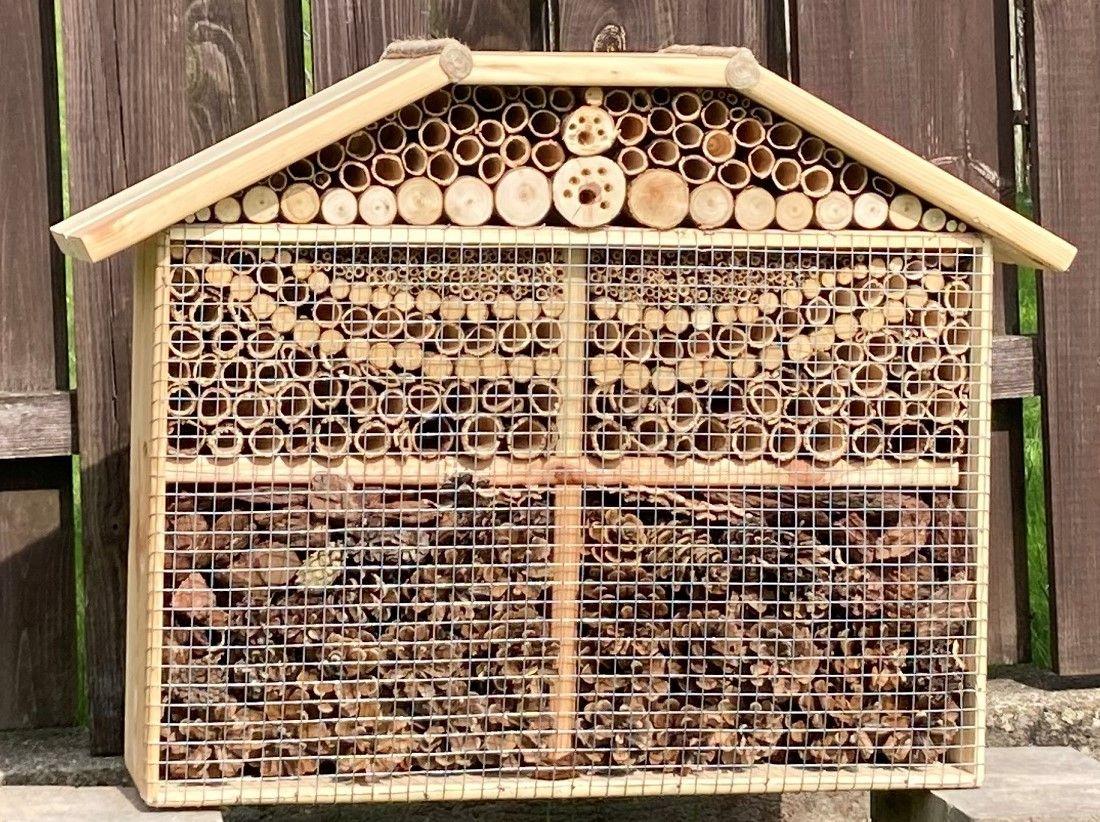 Nauji ir didesni nameliai vabzdžiams !